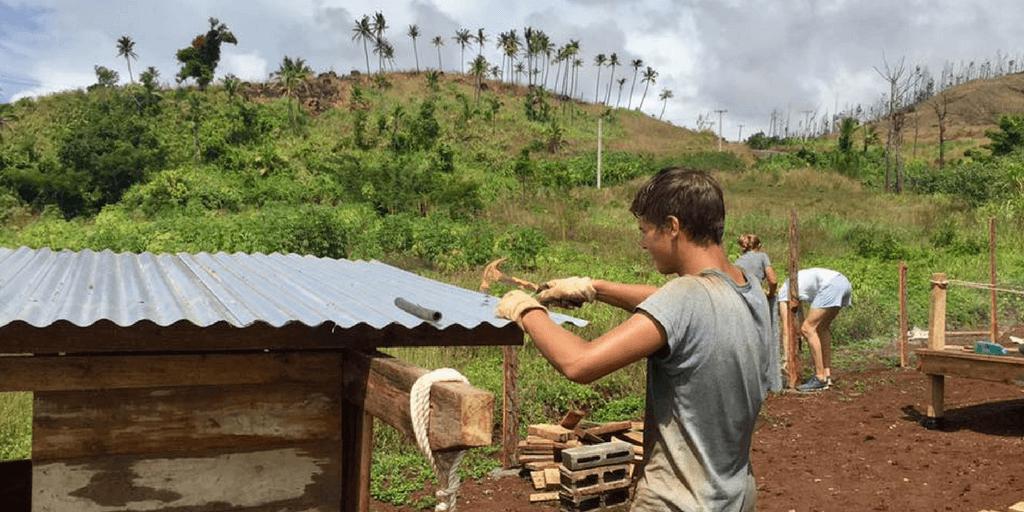 teen volunteer abroad fiji