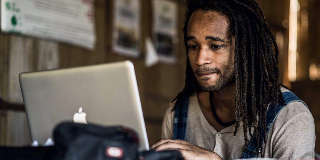 Virtual internship student