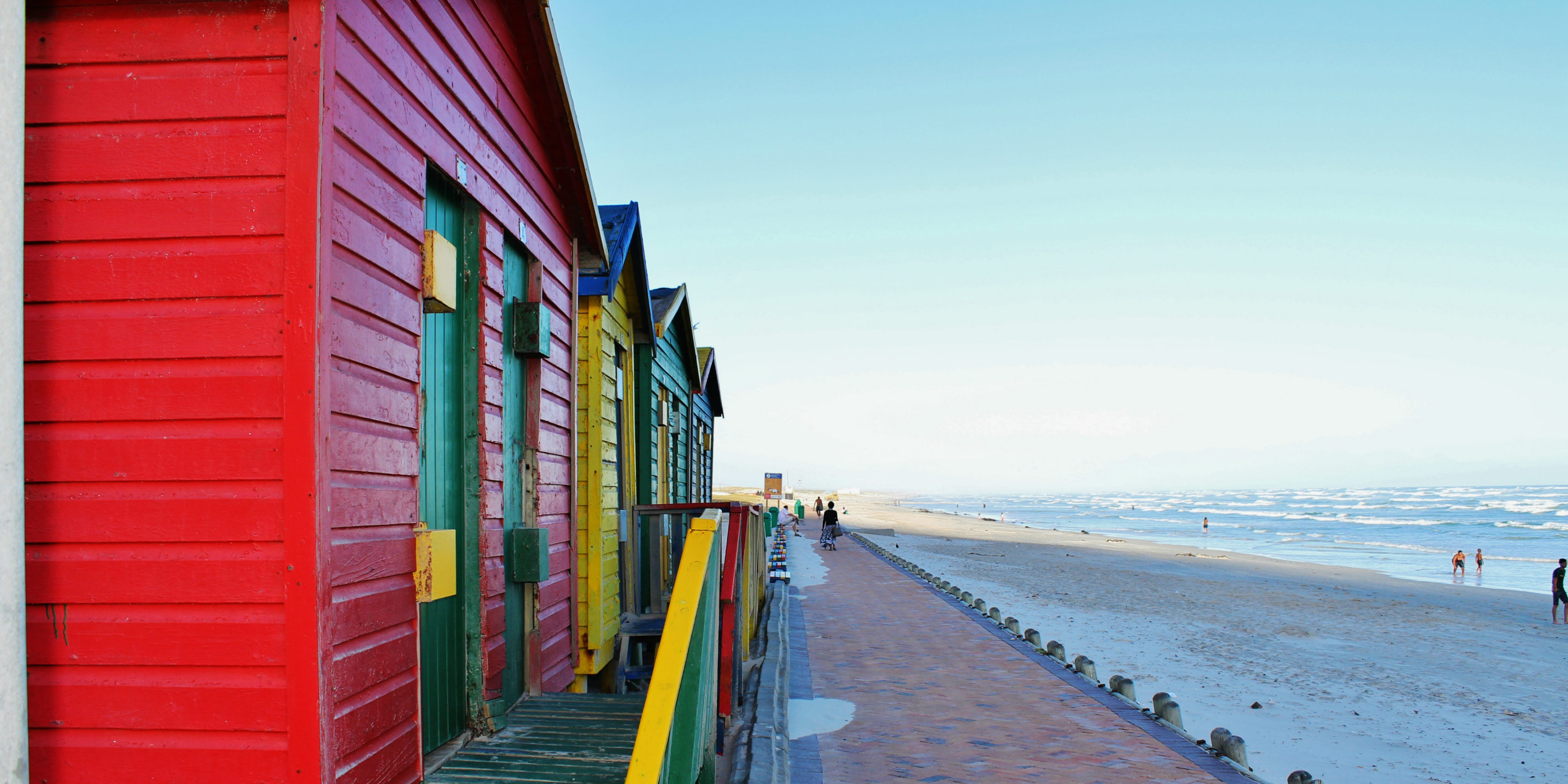 While volunteering in Cape Town, participants can visit Muizenberg Beach, with tons of things to see and do.