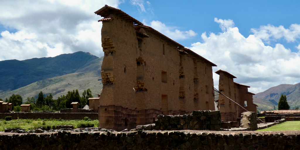 The year 1533 saw the fall of the Incan Empire in Cusco, Peru