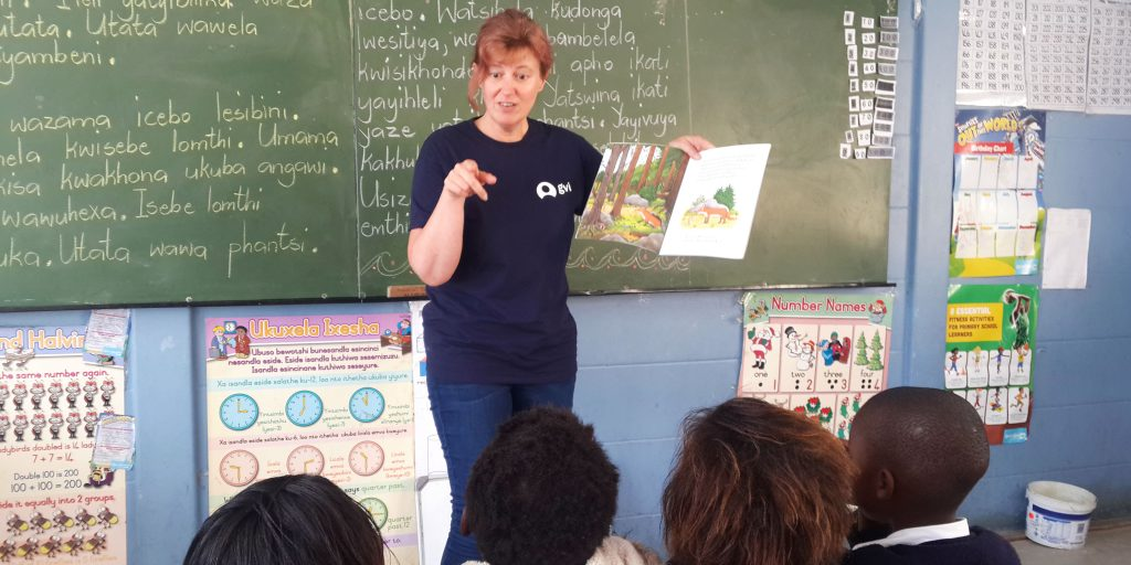 Find volunteer teaching opportunities abroad with GVI